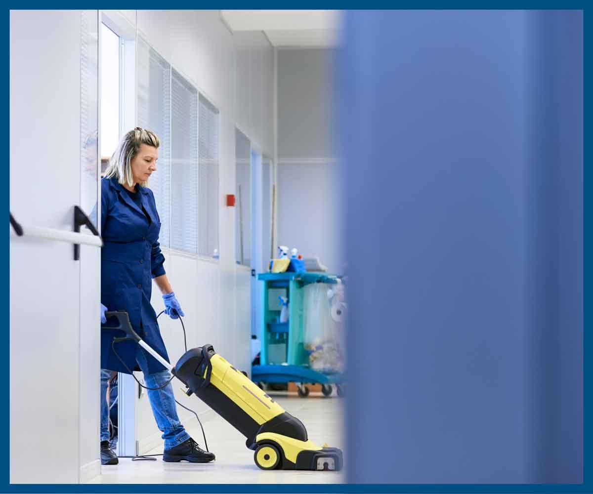 Vi stiller igen skarpt på de vigtigste fokuspunkter for rengøringsvirksomheder netop nu!